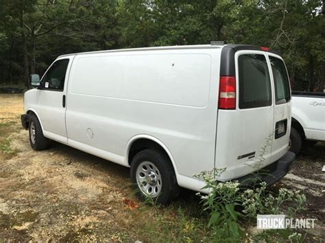 chevrolet cargo vans for sale used chevrolet express cargo for sale autos post
