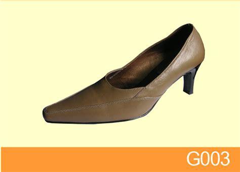 Sepatu Wanita Fluffy 3 sepatu wanita toko sandal sepatu wanita jual sepatu sandal pantofel kulit