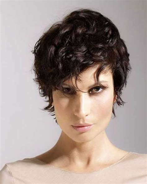 Pixie Hairstyles by Curly Pixie Haircuts For 2018 Pixie Hairstyle
