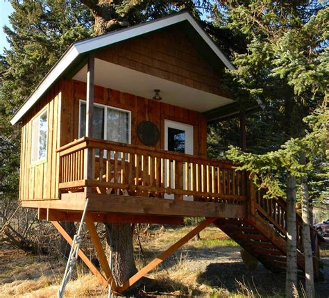 these 5 treehouses in alaska will give you an