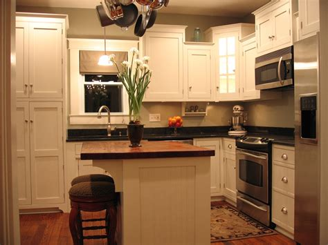 Small Kitchen With Island Ideas Kitchen Design Ideas Jamesdingram