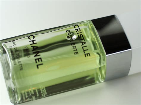 Chanel Cristalle Eau Verte 718 by Chanel Cristalle Eau Verte What Should Smell Like