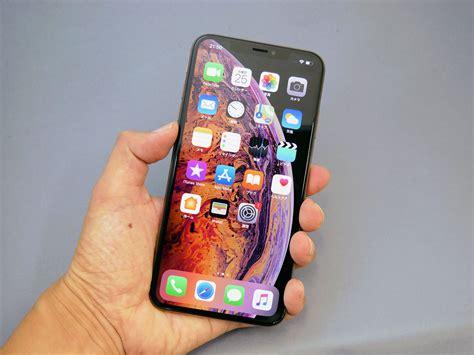 iphone xs max は片手でどこまで操作できる 画面の視認性は itmedia mobile