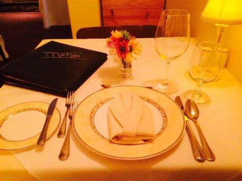 dinner table setup dinner table setup picture of restaurant matisse