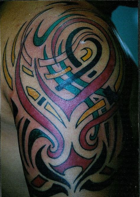 colored tribal on right sleeve