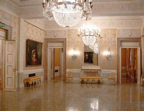 What Is A Foyer File La Fenice Foyer Jpg Wikimedia Commons