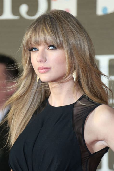 taor swift ash blonde hair taylor swift straight ash blonde angled choppy layers
