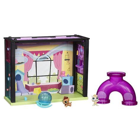 littlest pet shop style set toys
