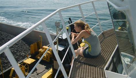 kapitein sleepboot opleiding mijn verhaal quot ik ben een schipperskind quot beautylab nl