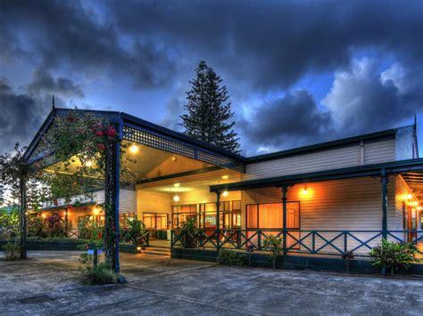 paradise hotel resort accommodation