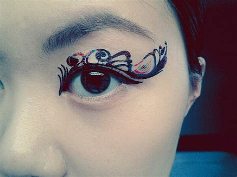 tattoo feather with eye 1 pair eye temporary tattoo makeup eyeshadow peacock feather