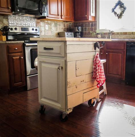 kitchen mobile island 1000 ideas about mobile kitchen island on