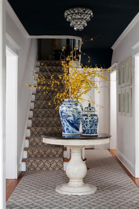 Foyer Pedestal Table Round Foyer Table Ideas For Your Sweet Home