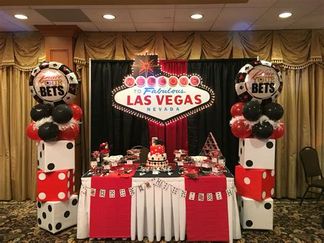 vegas themed party dessert table bombomcelebrationcreations vegas casino
