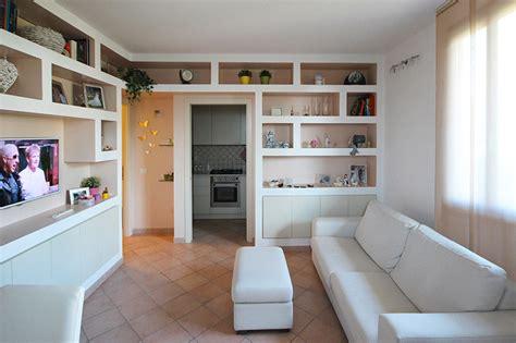 librerie progetto librerie in cartongesso nel soggiorno sartoriale casa