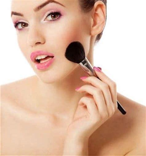 como aplicar el rubor c 243 mo usar el rubor seg 250 n la forma de rostro expertos de