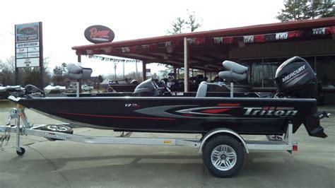 triton boats steering wheel triton boats bass boats new17 tx boattest