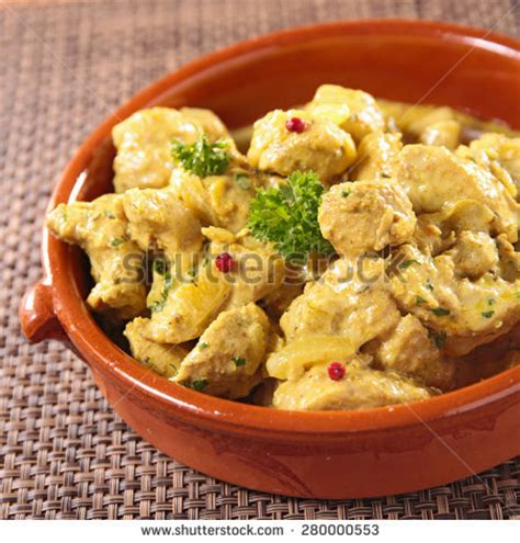 Makaroni Macaroni Popy Pops Chicken Curry oven baked mac cheese american style stock photo 558062956