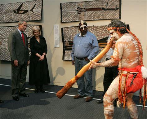 Bisban Etnik by Avustralya