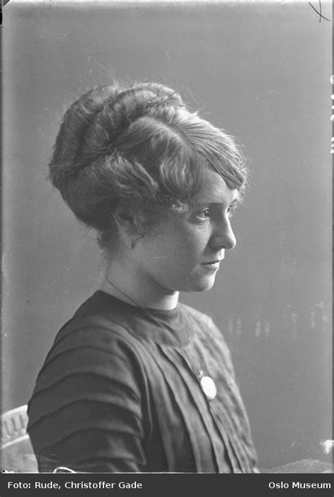 suffragette hairstyles how contemporary hairstyles affect historical costume