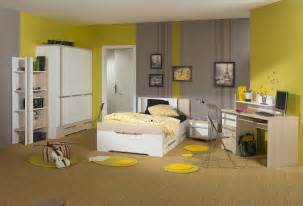 Gray And Yellow Bedroom Designs - gray and yellow bedroom theme decorating tips