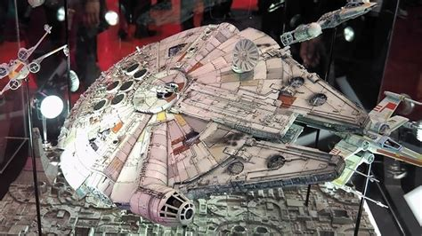 Cetakan Es Batu Model Wars Millennium Falcon grade wars millennium falcon model kit guide