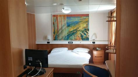 cabina interna o esterna traghetto tirrenia navi bonaria e amsicora traghetti blog