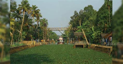 kerala kottayam houseboat get ready for a bewitching backwater trip from kottayam