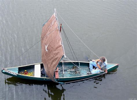canoes with sails pr boat learn diy canoe sail kit