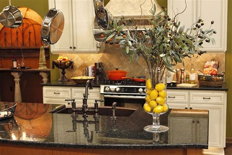 kitchen island centerpiece ideas 5 cheap but lovely christmas decorating ideas for kitchen