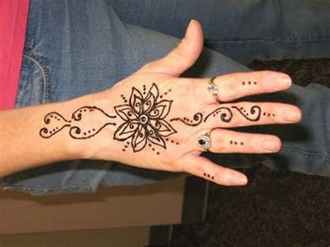 design henna bunga super cool back hands mehndi designs for your own use