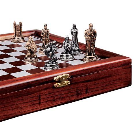 design toscano decorative knights mortal conflict chess