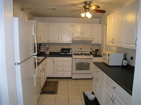 Kitchen Cabinets 10x10 Cost by Merillat Kitchen Cabinets 10x10 Cost Sherwin Williams