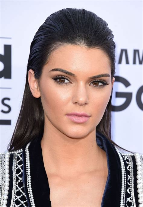 biography about kendall jenner kendall jenner biography body measurements height weight