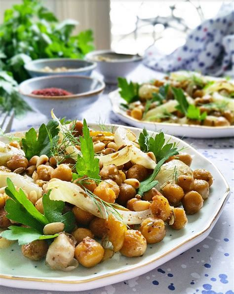 cuisiner pois chiches salade de pois chiches fenouil bulbe et graines r 244 ties