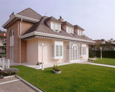 facciata casa casa stile inglese