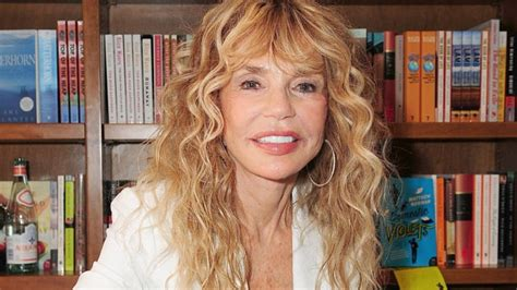 actress dyan cannon biography dyan cannon biography dyan cannon s famous quotes