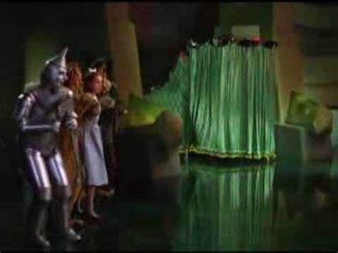 wizard of oz the man behind the curtain the wizard of oz pay no attention youtube