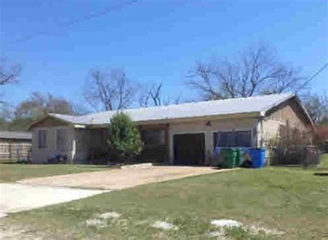 202 e bluebonnet johnson city tx 78636 detailed property