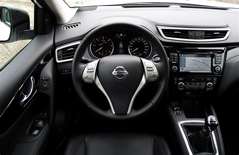 nissan qashqai interior 2016 qashqai interior dimensions car reviews 2018