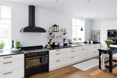 traditional kitchen lights 22 awesome traditional kitchen lighting ideas