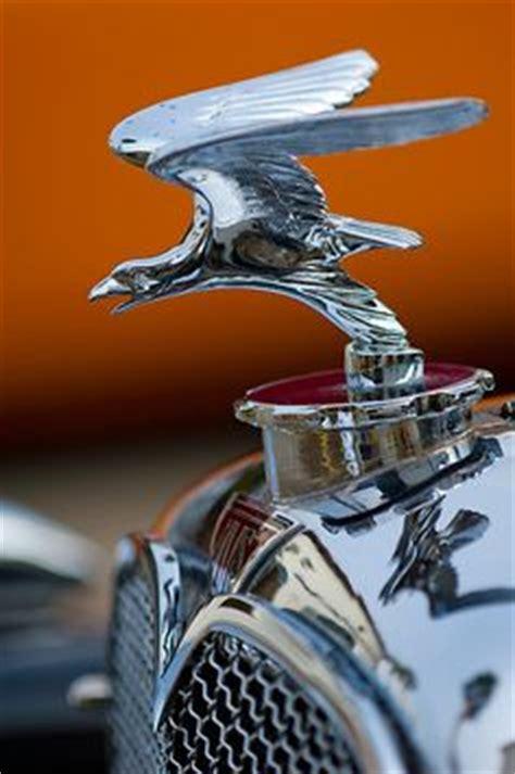 La Bentley S Il Vous Plait Auto Lifestyle Ornaments On Ornaments Mack Trucks