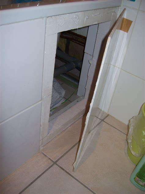 fabriquer une baignoire fixation d une trappe de baignoire existante
