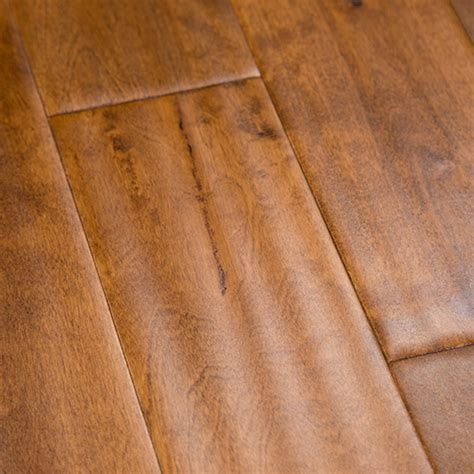 Birch Honey Hardwood Flooring Handscraped BCD 4.7""