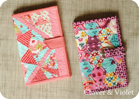 pattern for quilted kindle cover clover violet kindle cover tutorial