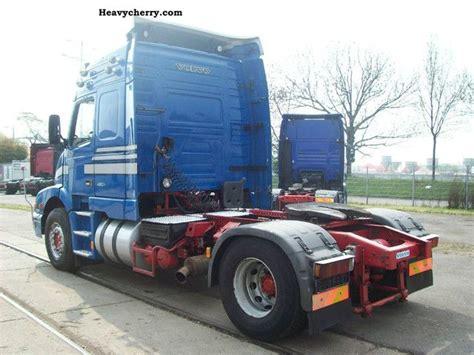 volvo nh   pto air    standard tractortrailer unit photo  specs
