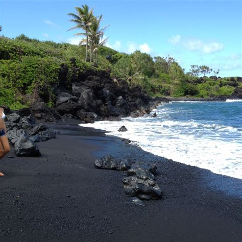 black sand beach maui maui black sand beach 2011 maui hawaii pinterest