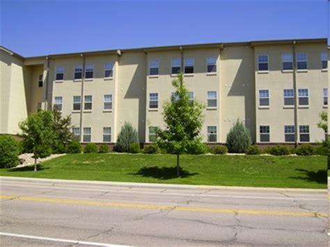 arlington park apartments rentals greeley co
