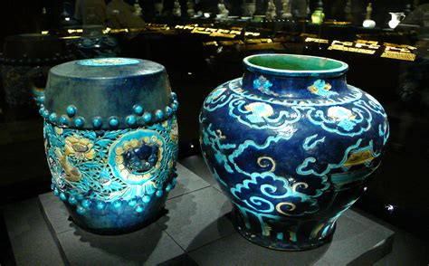 Oxblood Vase File China Qing Two Blue Ceramics Jpg Wikimedia Commons