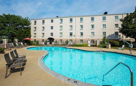 comfort inn st louis westport comfort inn st louis westport hotel deals reviews